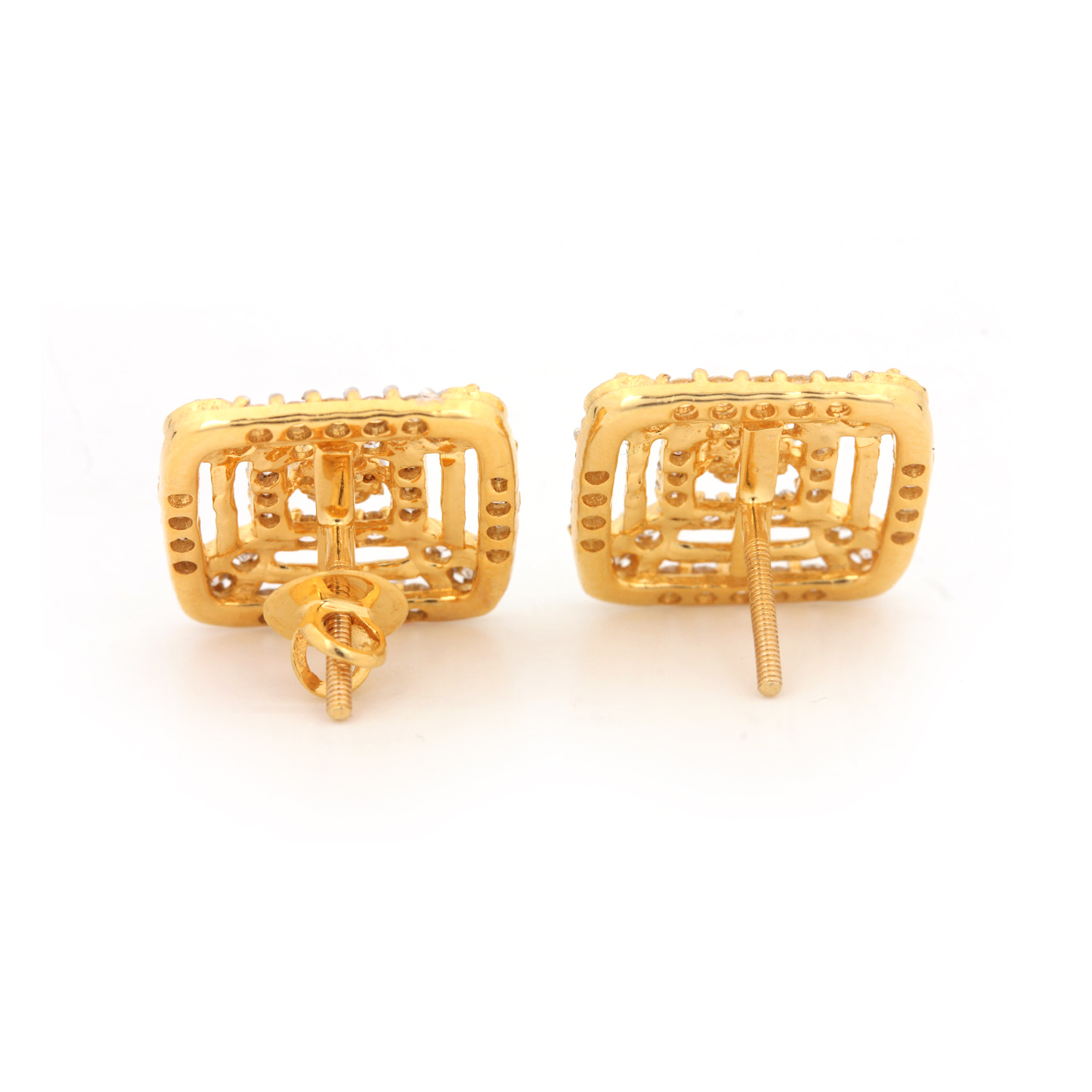 14K Gold Earring With Diamond