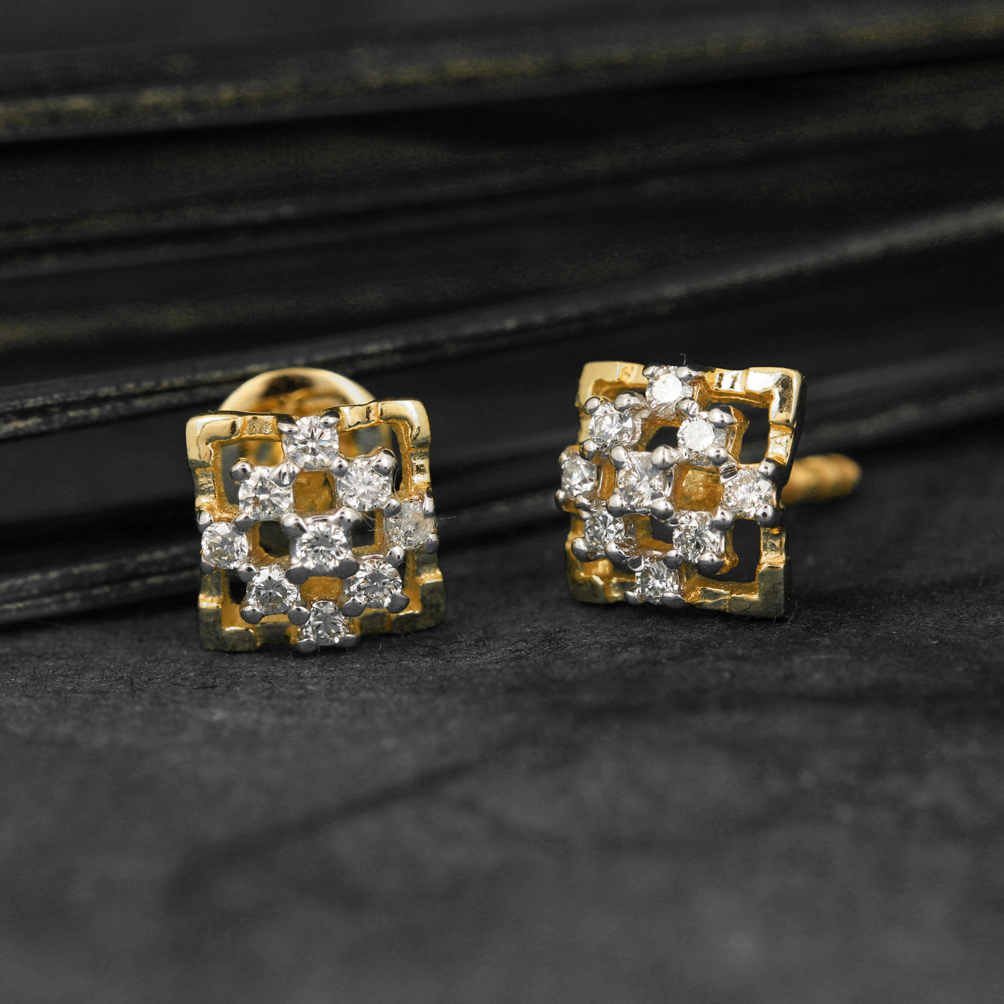 14K Solid Gold Earring