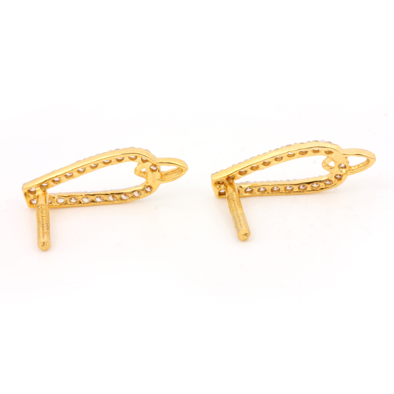 Glamorous Gold Earring with Diamonds