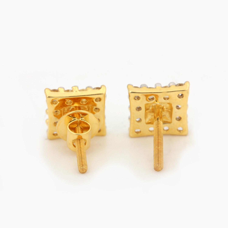 Beautiful Earring In Gold