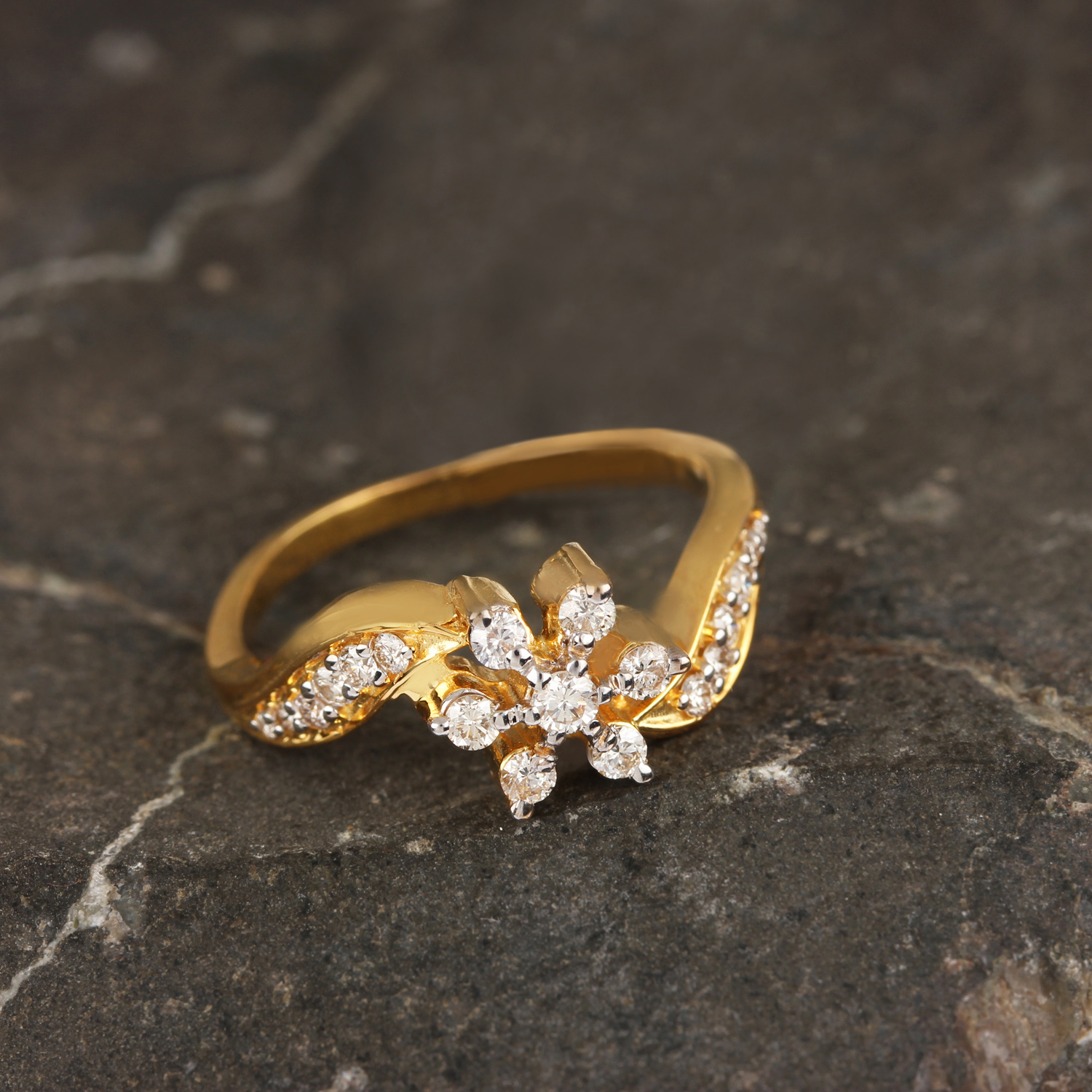 Gold Rind With Flower Design