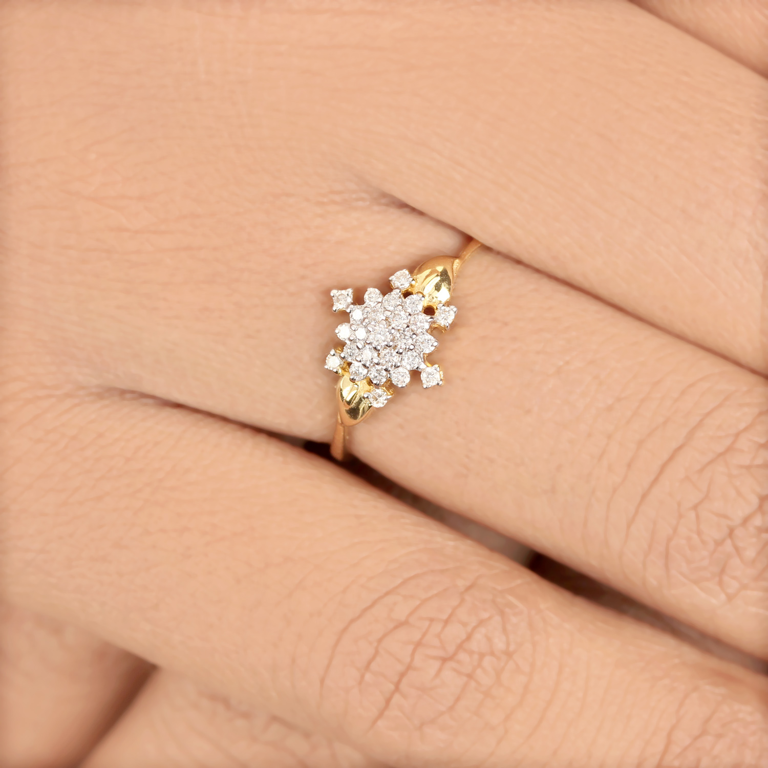Ring - Gold With Diamond
