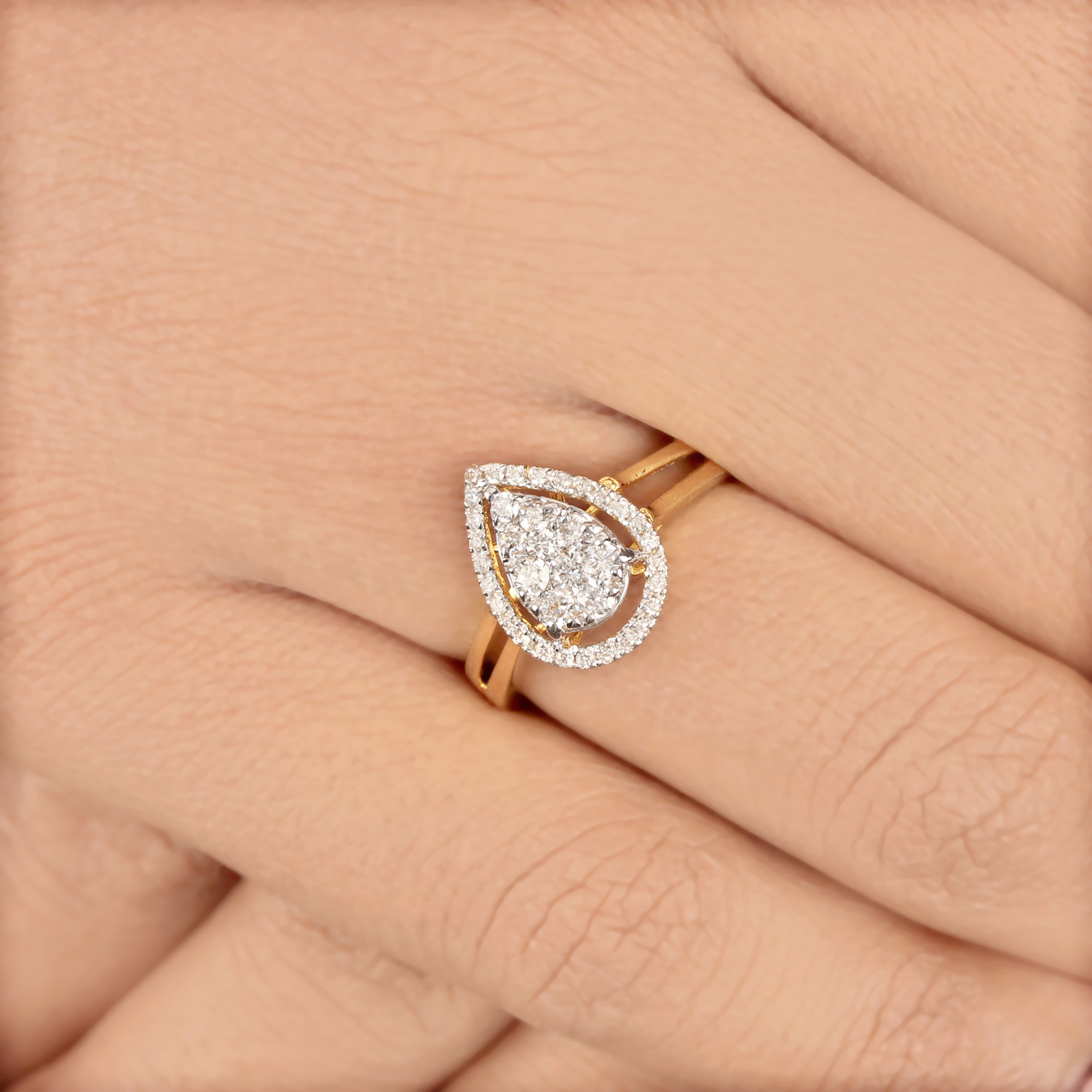 Gold Ring With Pear Design