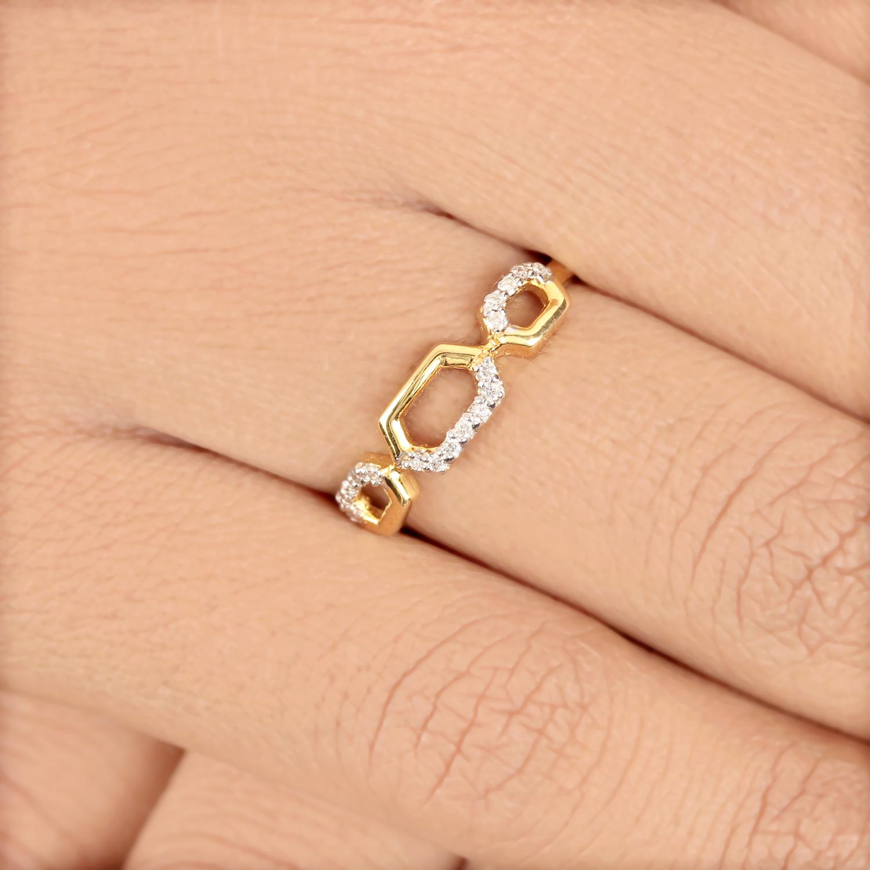 Beautiful Ring In Gold
