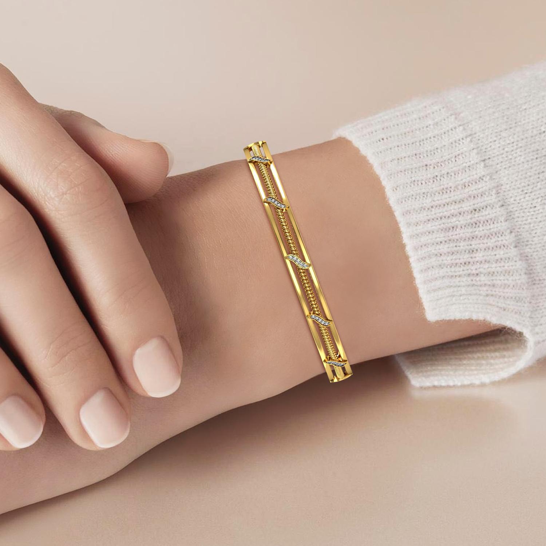 Attractive Diamond Bangle In Gold
