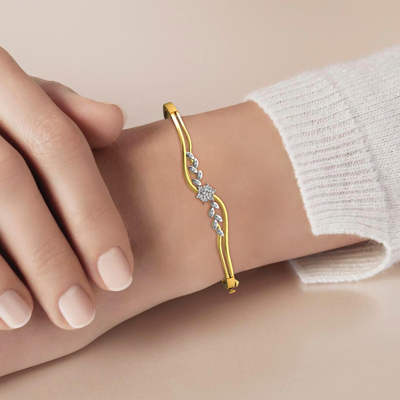 Gold Bracelet with Diamond & Emerald