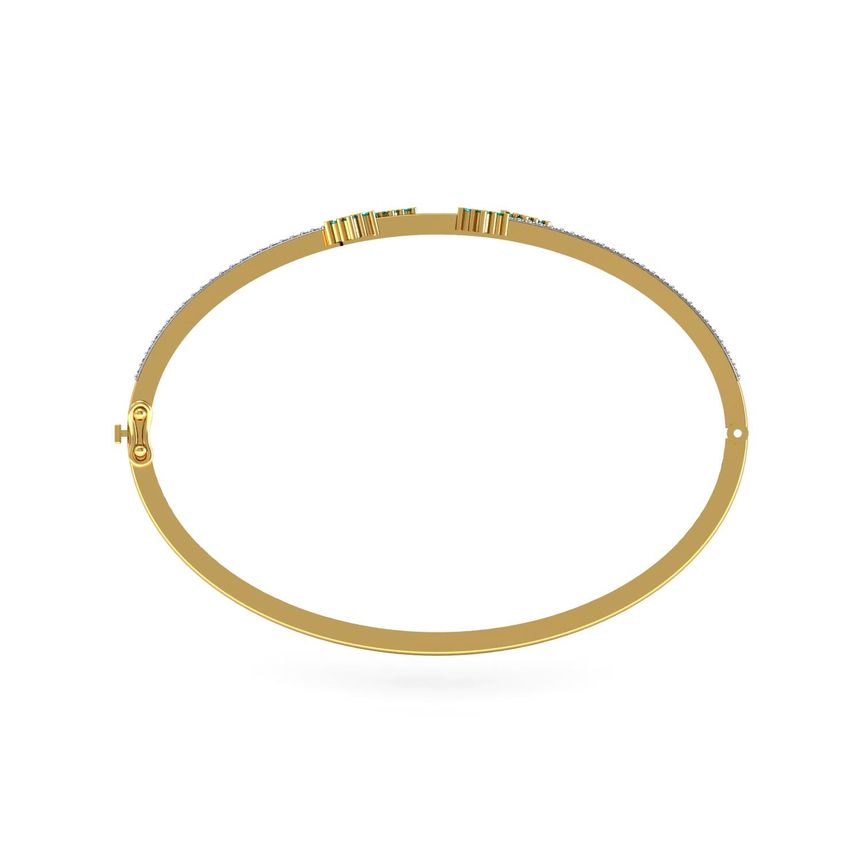 Attractive Diamond Bracelet in Gold