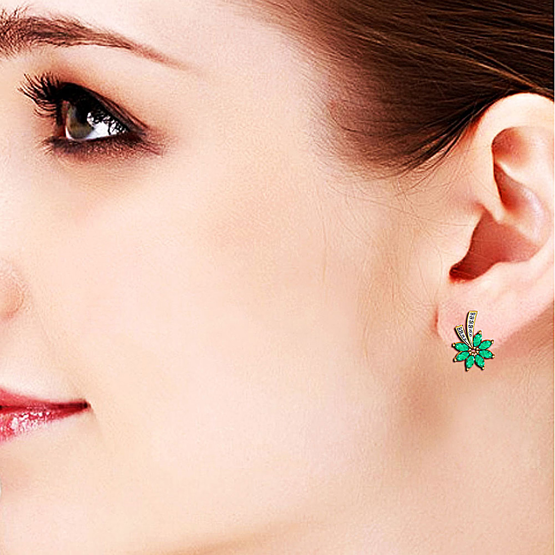 Diamond Earring with Emeralds